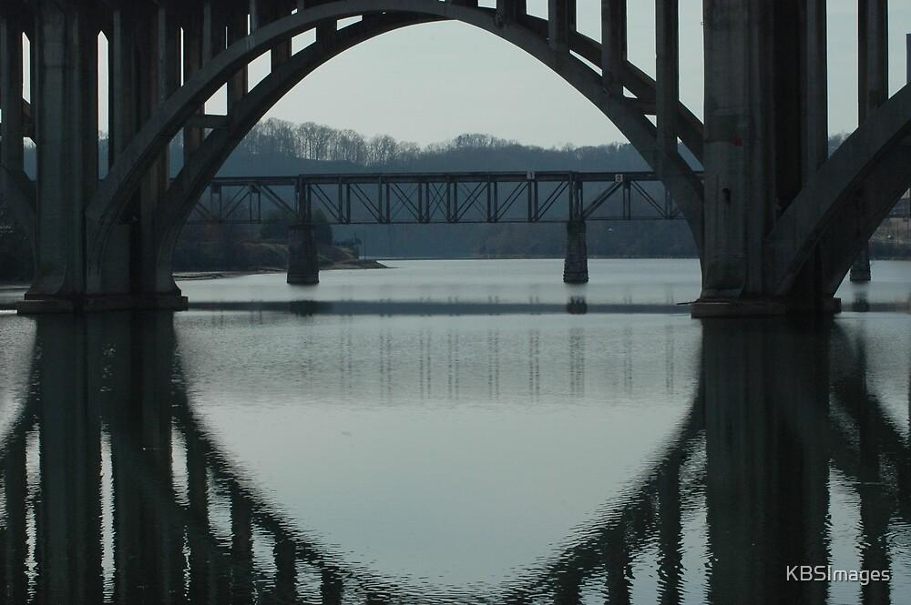 Under the Henley Street Bridge by KBSImages