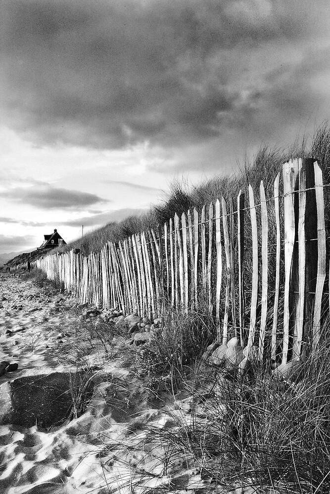beachscape #4 by Jon Brayford