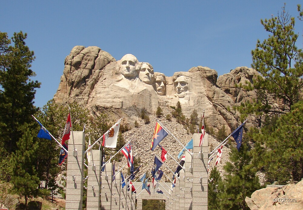 Avenue of States at Mt. Rushmore by eltotton