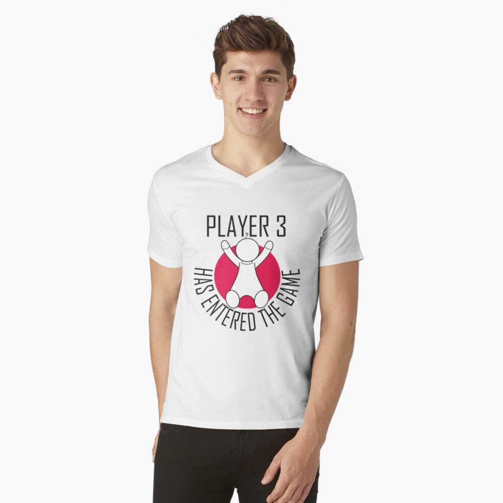 Spieler 3 hat das Spiel betreten T-Shirt mit V-Ausschnitt