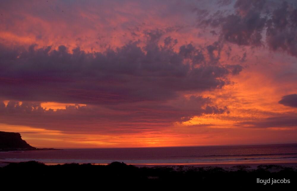 Elands Bay Sundowner. by lloyd jacobs