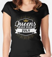 Queens are born in July Women's Fitted Scoop T-Shirt