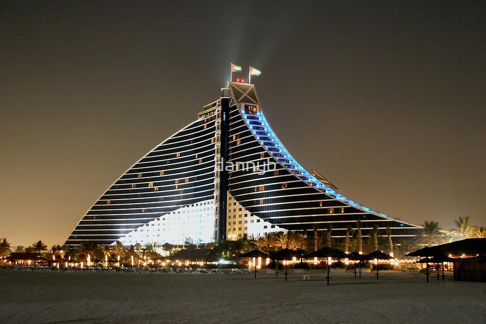 Jumeirah Beach Hotel by dannyb