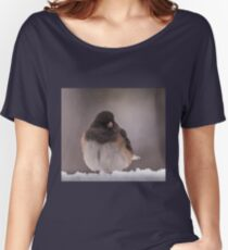 Dark-Eyed Junco in the snow Women's Relaxed Fit T-Shirt