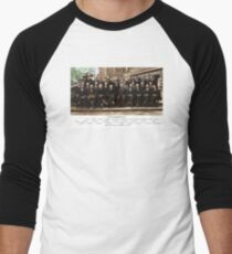Colorized - Solvay Conference 1927. Einstein, Curie, Bohr and more. Men's Baseball ¾ T-Shirt