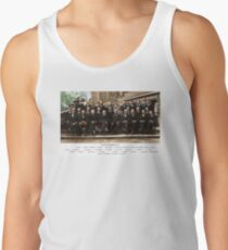 Colorized - Solvay Conference 1927. Einstein, Curie, Bohr and more. Tank Top