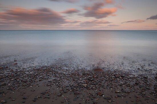 shingle shore, stonehaven by codaimages