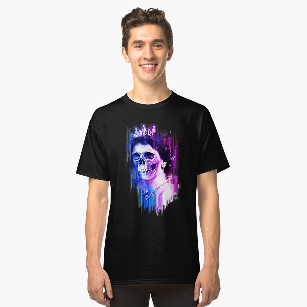 Queen of Skulls Classic T-Shirt Front