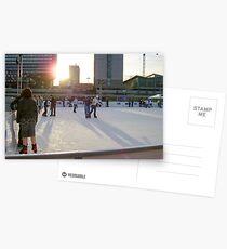 Ice skaters at sunset manchester Postkarten