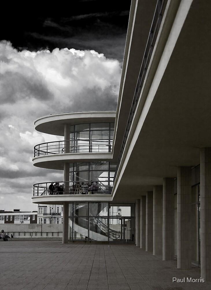 De La Warr - Bexhill On Sea - UK by Paul Morris