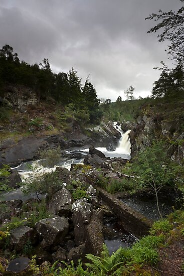 rogie falls by codaimages