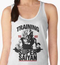 TRAINING TO GO SUPER SAIYAN Women's Tank Top