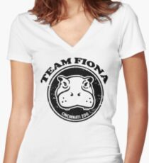 team fiona Women's Fitted V-Neck T-Shirt