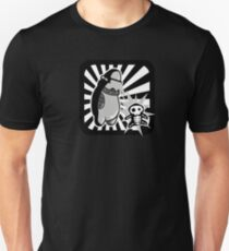Robot with victim - noir style - sans text Unisex T-Shirt