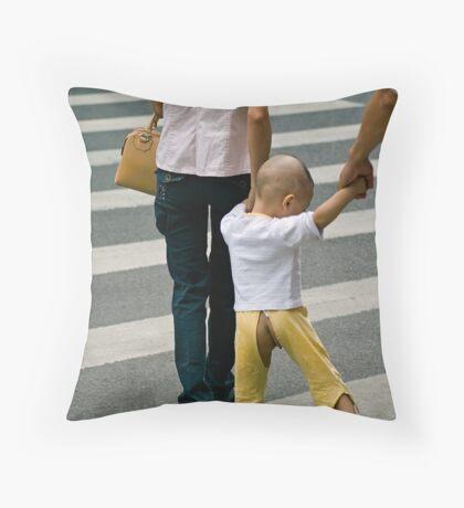 go shopping Throw Pillow