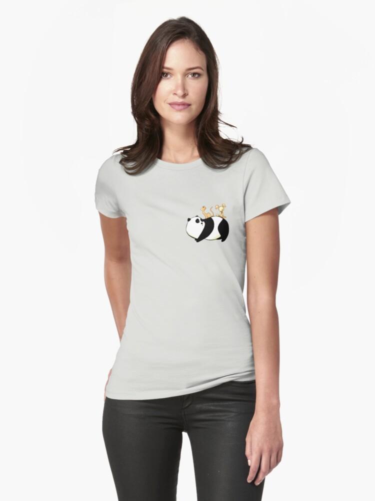 A Panda, a Cat and a little girl Robot by caanan