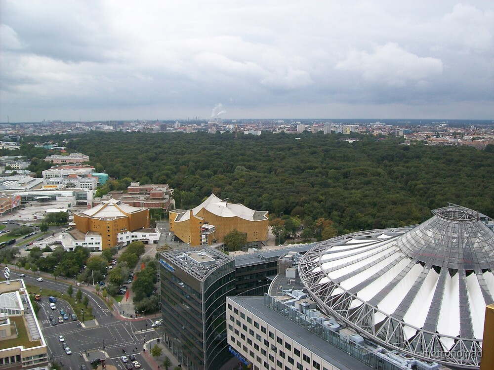 Berlin Skyline 2 by metronomad