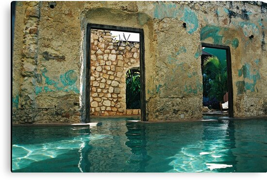 doors in the swimmingpool by julie08