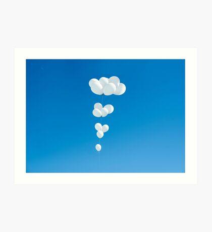 Saudade (weiße Luftballons) Kunstdruck