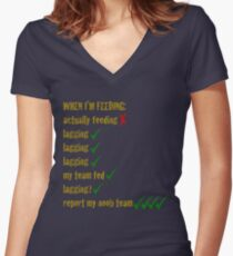 Feeding League of Legends Women's Fitted V-Neck T-Shirt