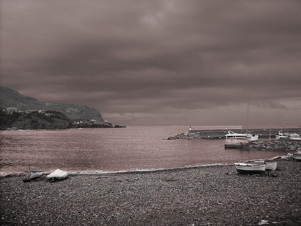 Portbou by Vicent Alcaraz Coll
