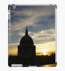 St Paul's Cathedral, London, England iPad Case/Skin
