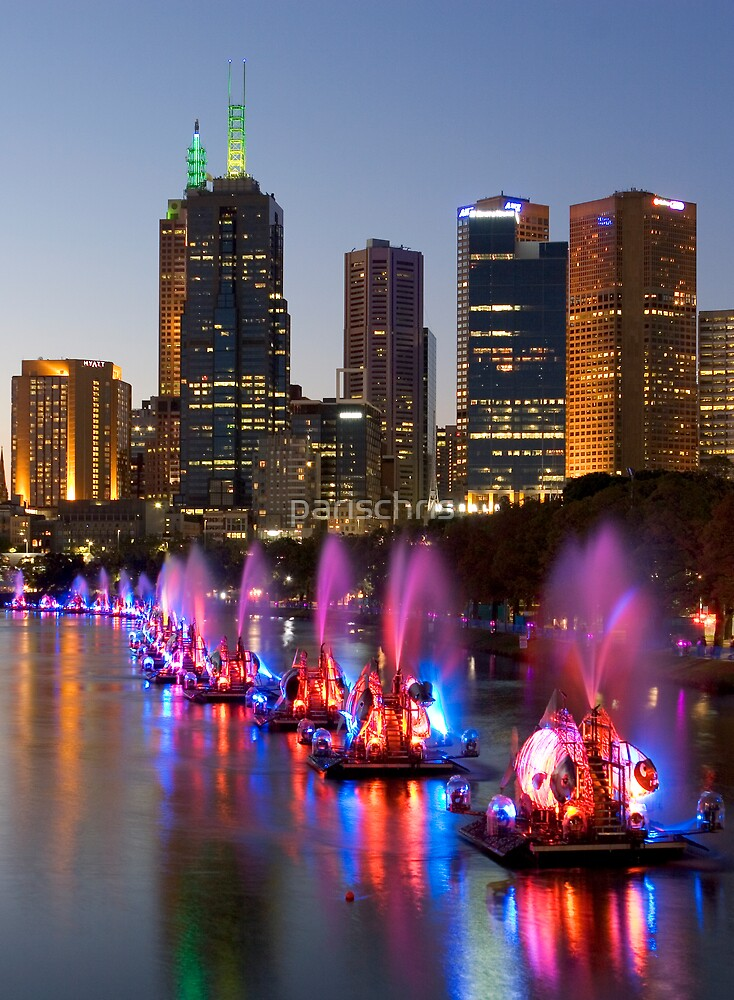 Melbourne by Night by parischris