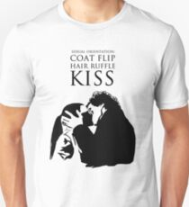 Sherlock and Molly Kiss Unisex T-Shirt