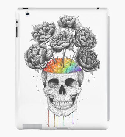 Skull with rainbow brains iPad Case/Skin