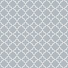 Quatrefoil-2, white on silver grey by Slanapotam