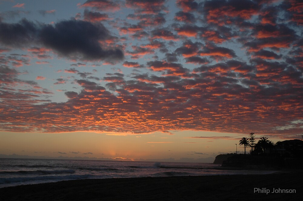 Pink Sky In The Morning - Collaroy Beach - Sydney Beaches by Philip Johnson