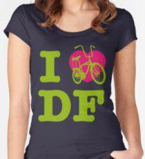 I Love Cycling DF 2 Green Pink / Yo Amo andar en Bicicleta en el DF  / Chilango Pride / Orgullo Chilango Women's Fitted Scoop T-Shirt