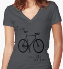 Fixie - one bike one gear Fitted V-Neck T-Shirt