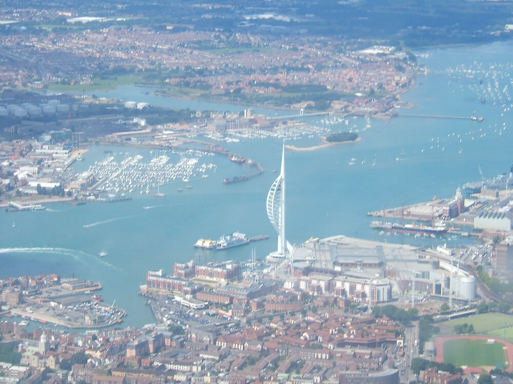 Spinnaker Tower - Portsmouth by hastingsflyer
