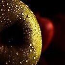 apples by Ingrid Beddoes