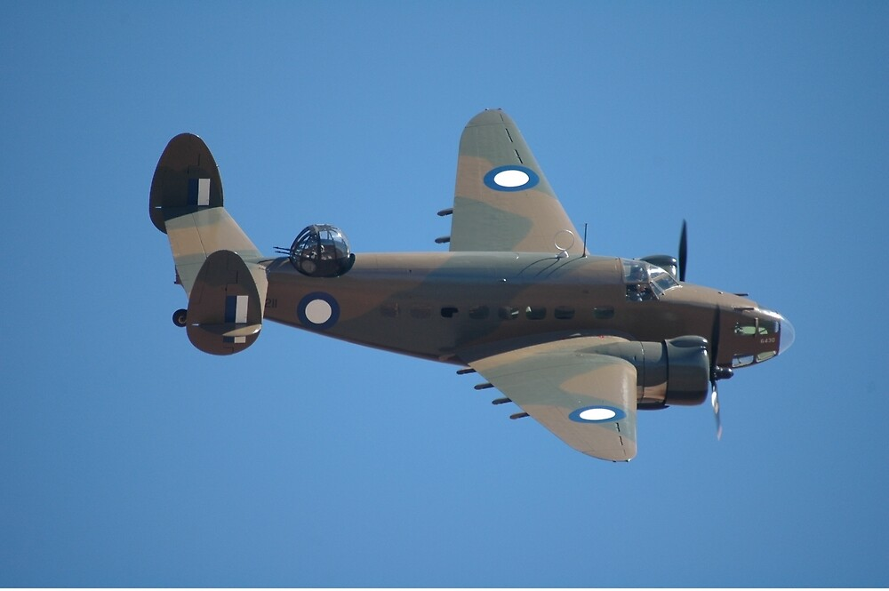 Flypast: Hudson @ Temora Flying Weekend 2007 by muz2142