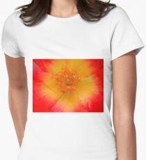 Macro flower Women's Fitted T-Shirt