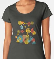 The bee Women's Premium T-Shirt