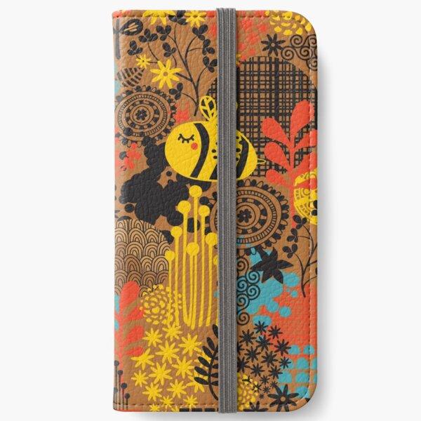 The bee iPhone Wallet