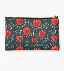 Beautiful Red Abstract Tulip Pattern Studio Pouch