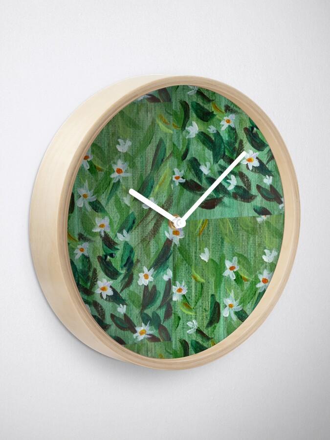 Alternate view of Daisies Clock