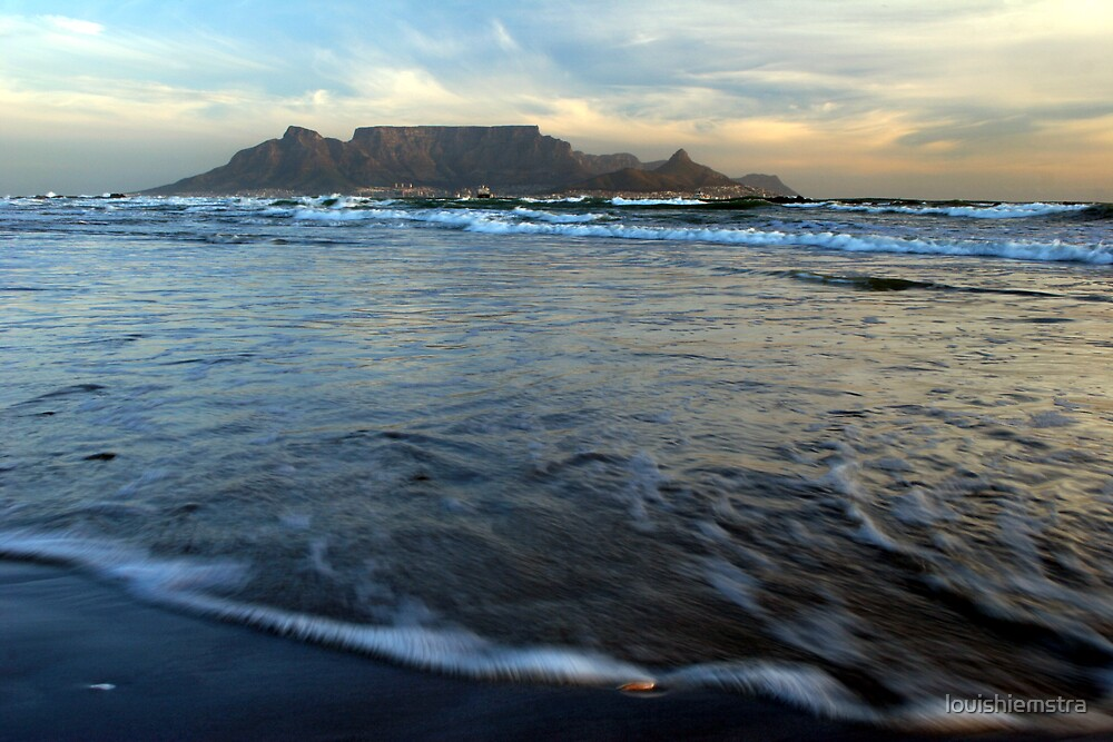 Table Mountain 1 by louishiemstra