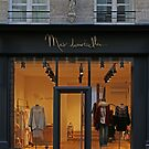 Shopfronts of Paris #24 by Murray Swift