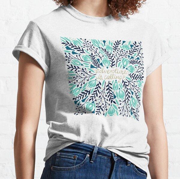 Adventure is Calling – Navy & Mint Palette Classic T-Shirt