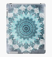 BOHOCHIC MANDALA IN BLUE iPad Case/Skin