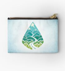 The Road Goes Ever On: Summer Studio Pouch