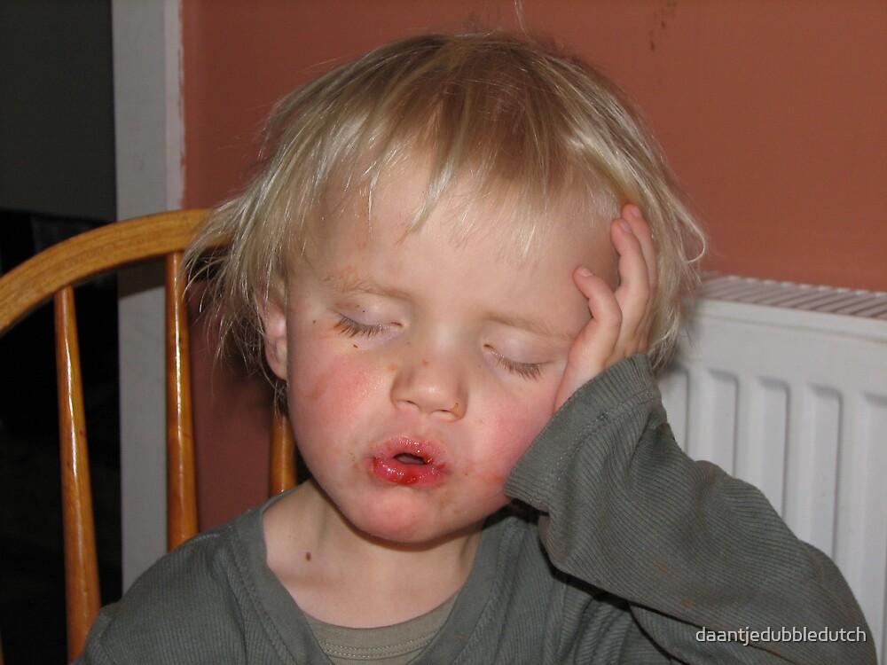sleeping or eating? by daantjedubbledutch
