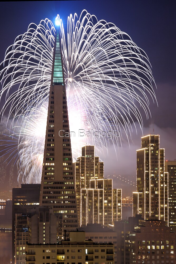 Fireworks over the Transamerica Building, San Francisco by Can Balcioglu
