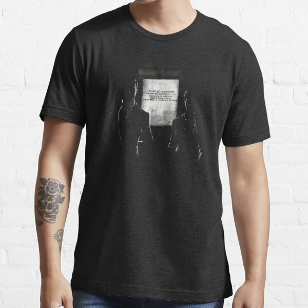 Bring us the girl Essential T-Shirt