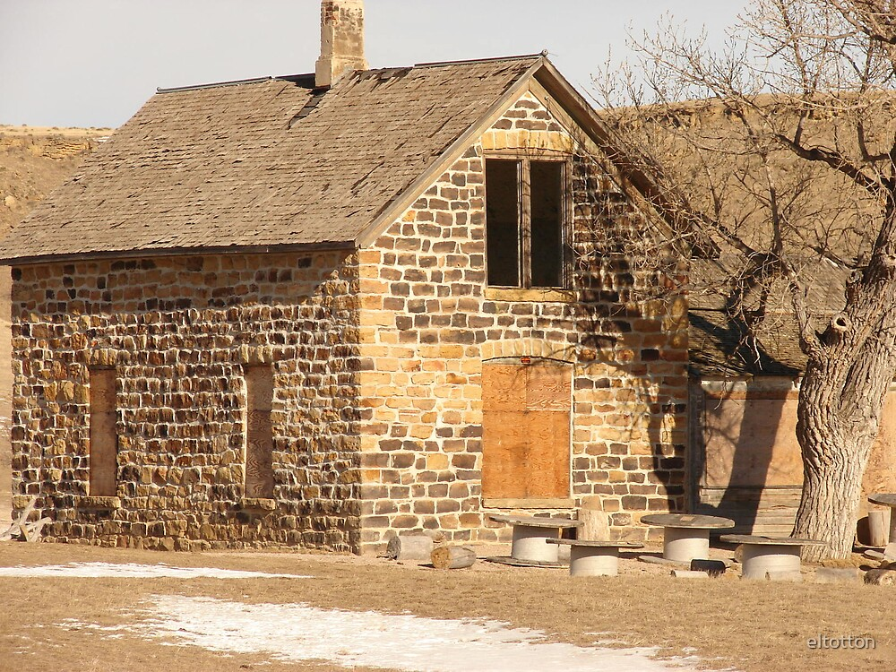 An Old House on the Prairie by eltotton